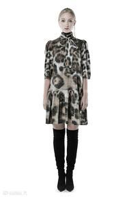 Dobromiła - szyfonowa suknia w panterkę sukienki milita