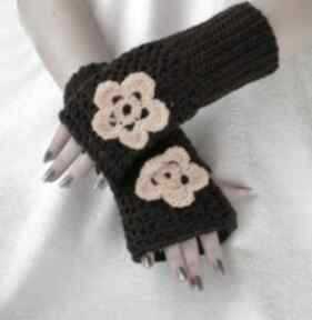 Rękawiczki, mitenki brąz z żółtym kwiatkiem rękawiczki samantha