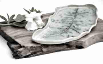 Patera ceramiczna - talerz dekoracyjny liść ceramika tyka