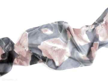 Jedwabny malowany szal - maki na granatowym tle szaliki jedwab