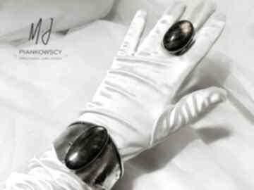 Bransoleta wykonana ze srebra z kamieniem labradoryt rękodzieło