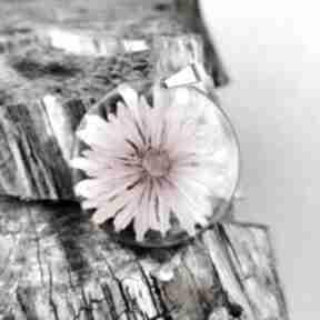 Wisior z różowym kwiatem 1117 wisiorki herbarium jewelry