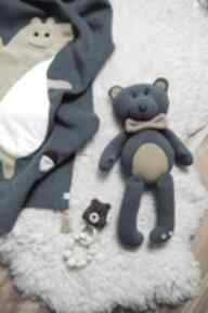 Polarowy miś eustachy zabawki margi studio miś, przytulanka