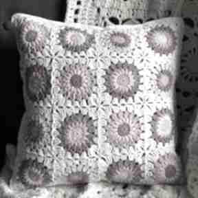 Poszewka na poduszkę 40x40 cm różowe kwiatki poduszki
