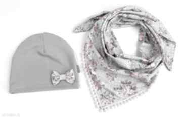 Komplet ind zamówinie czapka indywidualne bukiet pasji