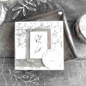 Naturalna kartka w pudełeczku z efektem szklanej szybki urodziny