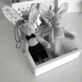 Zamiast kwiatów podaruj breloki ślunbne ślub karolina titi ślub
