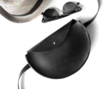 Skórzana torebka half moon - nerka, saszetka, na ramię czarna