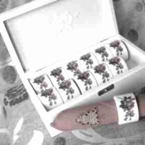 Romantyczna uczta - pierścienie do serwetek ślub hanutka prezent