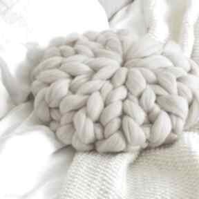 Poduszka czesnakowa beżowa poduszki mondu czesankowa