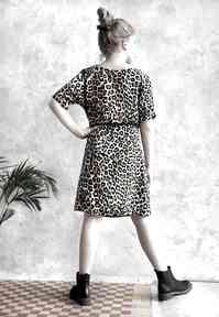 Sukienka w panterkę sukienki hanka sukienka, midi, wiskoza