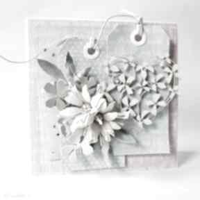 Pastelowa kartka w pudełku scrapbooking kartki marbella życzenia