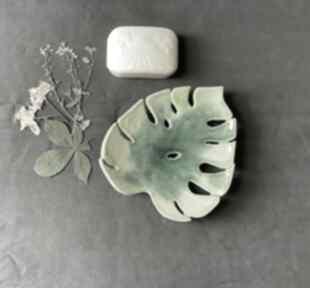"""Ceramiczna mydelniczka """"wiosenna monstera ceramika ceramystiq"""