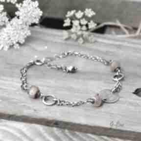 Delikatna srebrna bransoletka z kamieniem słonecznym grey line