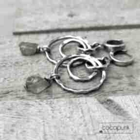 Srebro i surowy peridot - długie kolczyki cocopunk kolczyki