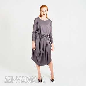 szara sukienka oversize z dzianiny , stalowa, prosta, długa, maksi, dzianinowa,
