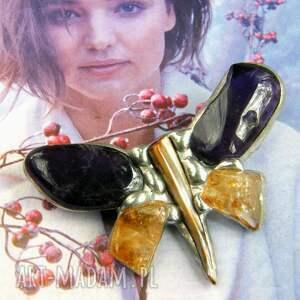 broszka: motyl fioletowo-cytrynowy ametyst i cytryn, broszka motyl, z kamieni