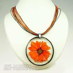 ręcznie robione naszyjniki naszyjnik z suszonym kwiatem wzór z275