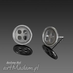 guzikowe love srebrny styl - srebrne kolczyki, minimalistyczne, oksydowane