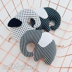 trzy sŁoniki black white - słoniki, black, white, zawieszki, słonik, girlanda