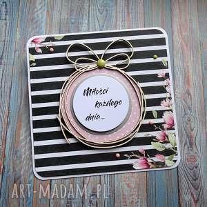 Wiosenne tchnienie, kartka-urodzinowa, kartka-ślubna, kartka-imieninowa, kwiaty,