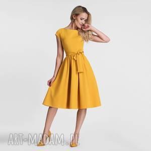 Sukienka MARIE Midi Miodowy, wiązanka, pasek, midi, kokarda, marszczenia