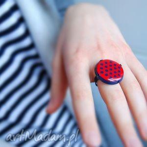 pierścionki kropka, pierścionek z polymer clay i żywicy, pierścionki, kropki