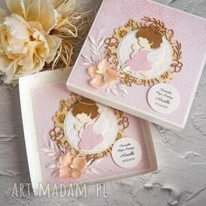 Biala Konwalia - kartka na chrzest lub narodziny kartka w pudełku, na chrzciny, pamiątka