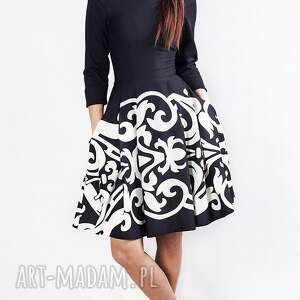 sukienka zuza midi arabeska - rozkloszowana, wzorzysta, dopasowana, midi, elegancka