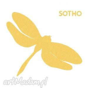 tatuaż złota metaliczna ważka sotho, złoty blogerski