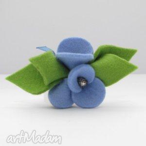 Broszka - Filcowe Bratki Błękitne z Zielenią, broszka, kwiatki, filc, wełna, bratki