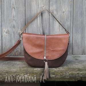Brązowa z klapą wersja mniejsza, torebka, listonoszka, praktyczna, pojemna, kobieca