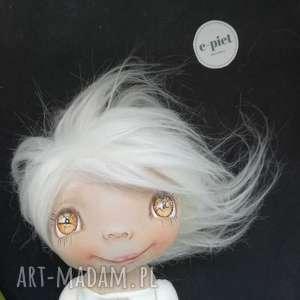 handmade dekoracje e-piet aniołek - dekoracja ścienna - figurka tekstylna ręcznie szyta