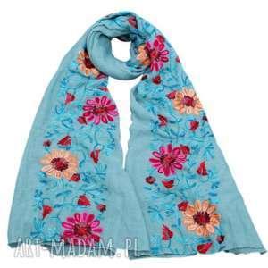 ręczne wykonanie chustki i apaszki haftowany folkowy szal w kwiaty