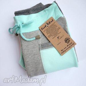 ONLY ONE No 007 - spodnie dziecięce 122 cm, eco, dres, recykling, bawełna, dzianina