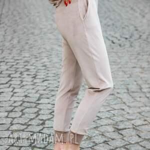 handmade spodnie modne gładkie dresowe welurowe kolor beż lona