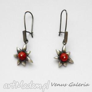 Kolczyki -Koralowe kwiatuszki, biżuteria, srebro, kolczyki