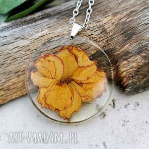 herbarium jewelry naszyjnik z prawdziwymi kwiatami zatopionymi w żywicy z300