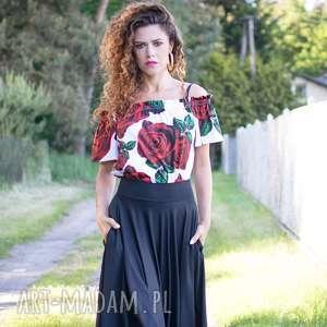 Bluzka z odsłoniętymi ramionami bluzki milita nikonorov róże