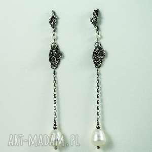 z perłą, perła, srebro, cyrkonia, białe, kolczyki, długie