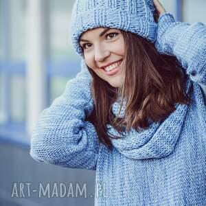 Czapka handmade jasnoniebieska, robiona-na-drutach, wełna, ciepła,