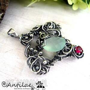 quadrangle - chalcedon, cyrkonia, wire wrapping - wisior, wirewrapping, srebro