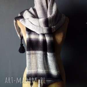 zwiewny szal, szalik, kobiecy, wiosenny, wełniany
