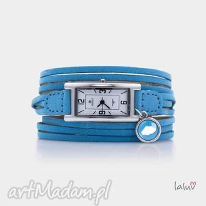 zegarek na skórzanej bransolecie chmurka, chmura, grafika, prezent, niebo