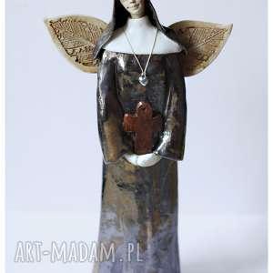 wylegarnia pomyslow anioł zakonnca, ceramika, anioł, zakonnica, krzyż dom