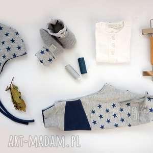 hand-made pomysł na upominki baby shower set gwiazdy ii (spodnie czapka bambosze)