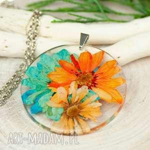 naszyjnik z prawdziwymi kwiatami zatopionymi w żywicy z328, biżuteria