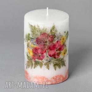 mała świeca z suszonymi kwiatami opolska, wycinanka, folk, etniczna, zalipie, ludowa