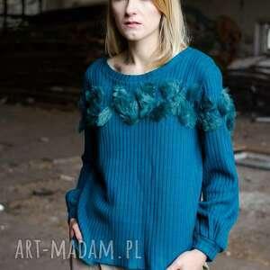 sweter w prążek z aplikacją, prązkowany, prążek, butelkowa, casual, aplikacja