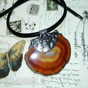 wisiorki brązowy agat w metaloplastyce, wisior agat, oryginalny wisior